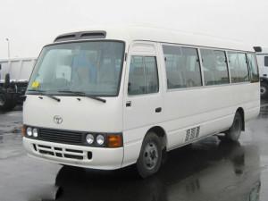 xe-toyota-coaster-01_01-300x225