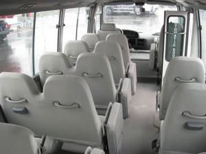 xe-toyota-coaster-01_06-300x225