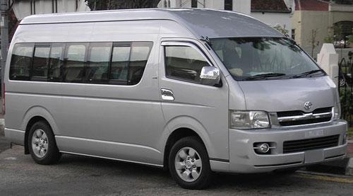 Toyota Hiace giúp bạn tận hưởng chuyến du lịch