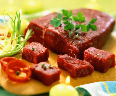 Thịt tái bò kiến đốt Tam Đảo ngon đến miếng cuối cùng