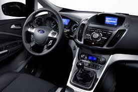 Được ưa chuộng không chỉ bởi giá thành rẻ như Chery QQ3. Ford Focus