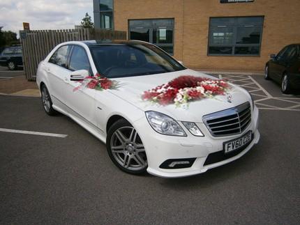 Mercedes E250 cho bạn một đám cưới ấn tượng, khó quên