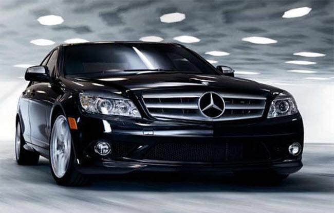 Mercedes E250 đen đầy huyền bí