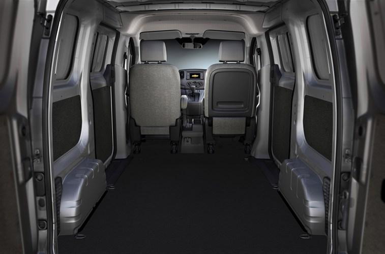 Nội thất bên trong xe Ford Transit 2015
