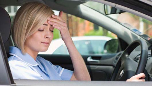 Mẹo hay chống buồn ngủ khi lái xe