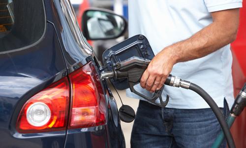 Mẹo hay tiết kiệm xăng cho xe ô tô