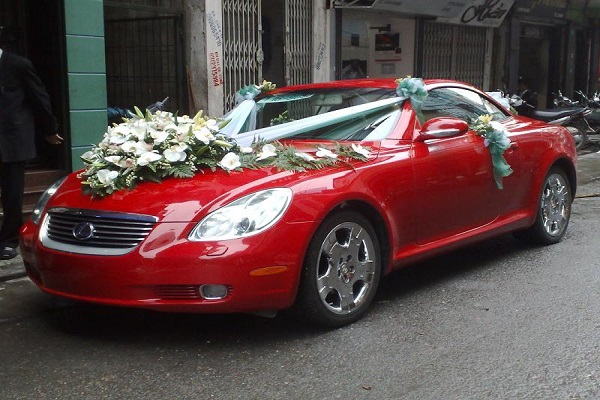 mẫu xe cưới đẹp cho mệnh hỏa