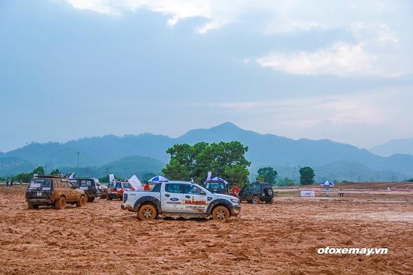 Giải đua xe địa hình tổ chức tại Đồng Mô